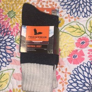 NWT FIELD AND STREAM THERMAL BOOT SOCKS